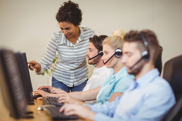 How Improving Customer Services Helps in Maximizing Profits?